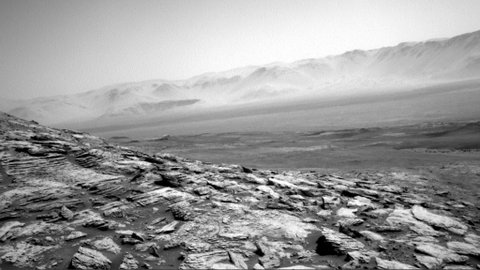 Robot NASA Kirim Foto Pemandangan Mars yang Tandus Tapi Memukau
