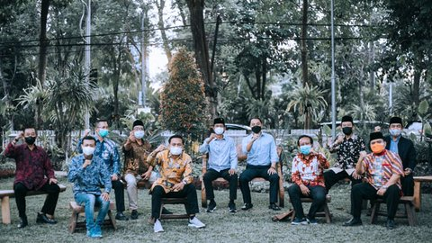 10 Pimpinan Parpol Datangi Kediaman Wali Kota Surabaya, Ada Apa?