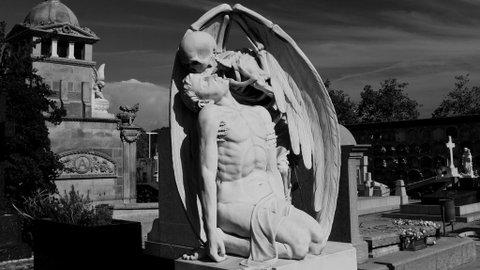 Penelitian Menyimpulkan Manusia Bisa Horni Saat Berduka