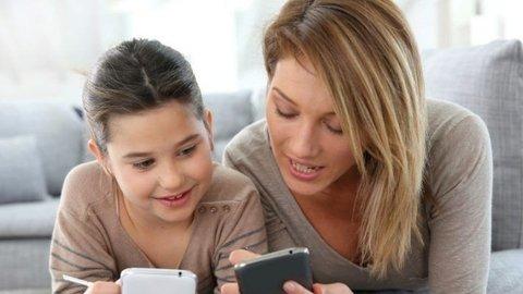 Ketika Smartphone Menginvasi Ruang Keluarga