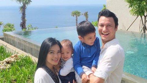 Cerita Haru Titi Kamal Pisah Rumah dengan Suami & Anak Demi Cegah Corona