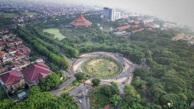 Menemukan 5 Universitas Terbaik di Indonesia 2019 7