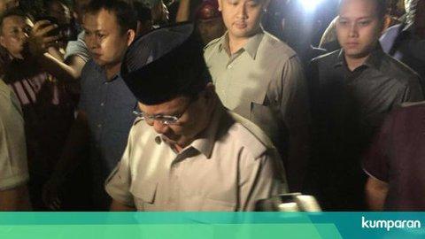 Prabowo Subianto Melayat ke Kediaman BJ Habibie