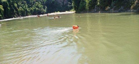 Lokasi sungai tempat jenazah pegawai KIP Pidie Jaya bernama Herry ditemukan pada 18 Mei 2019. Foto: Dok. BPBD Pidie Jaya