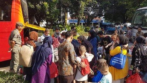 300 Pencari Suaka Dipindah ke Kalideres