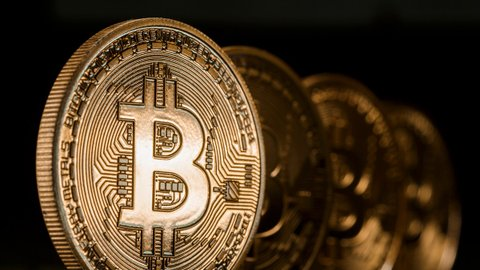 Sosok Anonim Bikin Rekor Transfer 1 Miliar Bitcoin Rp17 Triliun Tanpa Alasan Jelas