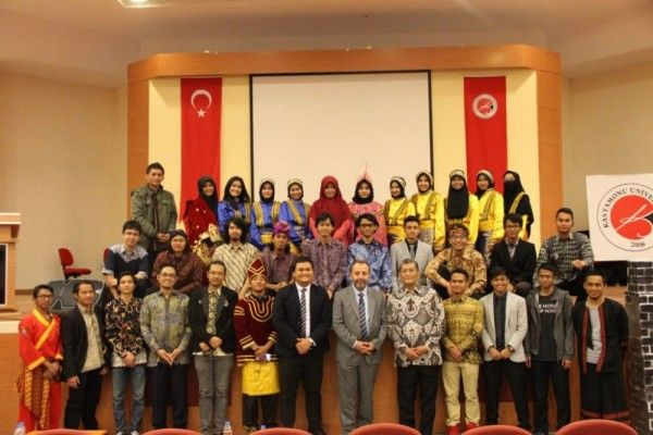 Ini 5 Keutungan Beasiswa Türkiye Bursları Selama Kuliah 1