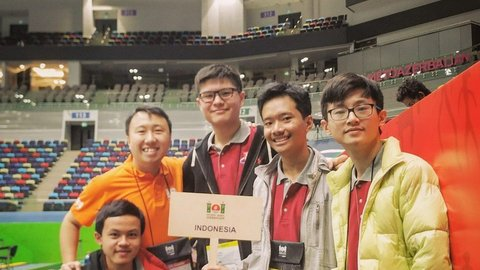 Tim Olimpiade Komputer Indonesia Raih Emas di IOI 2019 Azerbaijan