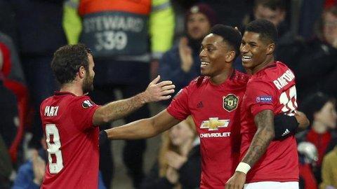 Anthony Martial Moncer di Liga Europa, Fans Manchester United Malah Kocak Bahas Gaya Fesyennya