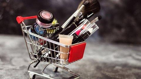 Limbah Plastik Produk-produk Kecantikan yang Tak Kalah Berbahaya