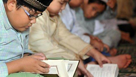 Kemenag akan Tulis Ulang Buku Pendidikan Agama Islam, Alasannya Cegah Radikalisme