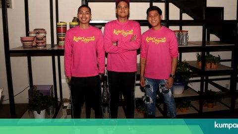 Menikmati RAN dari Pinggir Jalan M Bloc Jakarta