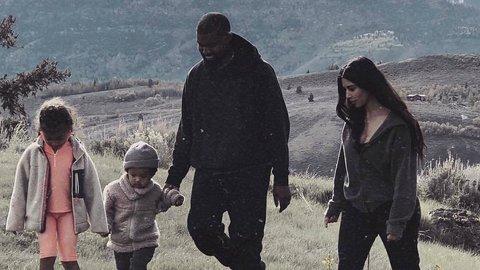 Beli Peternakan Seluas Seperempat Jakpus, Suami Kim Kardashian Keluar Duit Berapa?