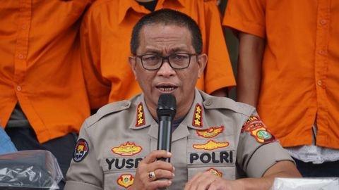 Kepala Bidang Humas Polda Metro Jaya Kombes Yusri Yunus memberikan keterangan saat rilis pengungkapan sejumlah kasus di Polda Metro Jaya, Jakarta. Foto: Irfan Adi Saputra/kumparan