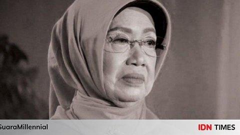 [BREAKING] Ibunda Jokowi Dimakamkan di Sebelah Makam Sang Suami