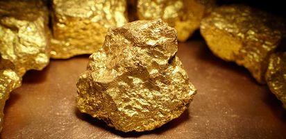 Emas Dunia Mendatar Menunggu Pertemuan The Fed Emas Antam Naik Ke