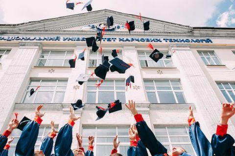 Tips Mudah Berburu Beasiswa ke Luar Negeri 3