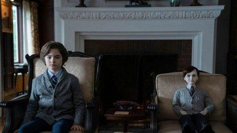 Review Film Brahms, The Boy 2: Sekuel Horor yang Serba Tanggung