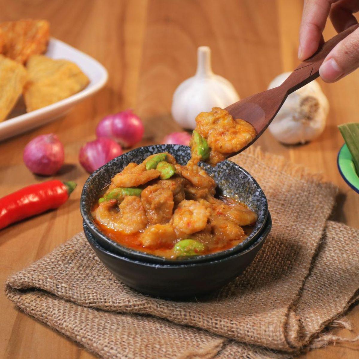 membuat sambal udang kering ala malaysia  resep udang malaysia enak  sederhana ala Resepi Sotong Masak Kari Azie Kitchen Enak dan Mudah