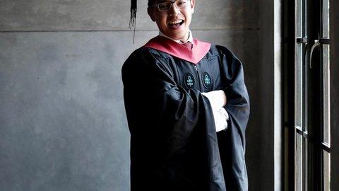 Rifky Wicaksono, Pernah Gagal UN SMA Kini Raih Master Hukum Harvard University