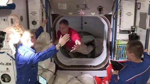 NASA Kirim 128 Cumi-cumi Baru Menetas ke Luar Angkasa