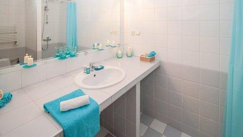 Inspirasi Desain Kamar Mandi Dengan Shower Di Lahan Sempit Kurio