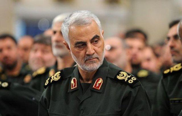 Qasem Soleimani, Pimpinan Jenderal Tertinggi Iran yang gugur dalam serangan udara oleh Amerika Serikat pada Jumat (3/1/2020)       (Mirror)