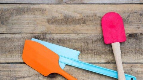 Penggunaan Peralatan Masak Plastik Dapat Sebabkan Masalah Tiroid dan Kanker