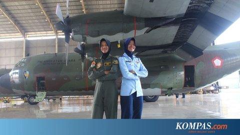 "Kisah 2 Srikandi TNI AU Taklukkan Pesawat Militer: Mega Takut Gagal ""Landing"", Anisa Fobia Ketinggian"