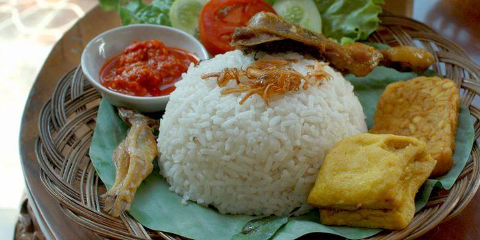Nasi Uduk Salah Satu Makanan Favorit Orang Indonesia Endeus Tv