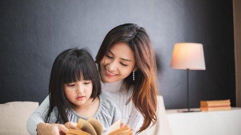 Nivea Sentuhan Ibu 2019, Menstimulasi Imajinasi Anak dengan Mendongeng