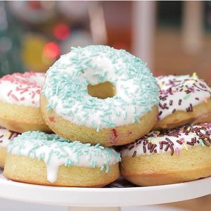 Cherry Baked Donuts