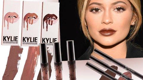 Baru Saja Rilis, Lip Kit Milik Kylie Jenner Terjual Habis