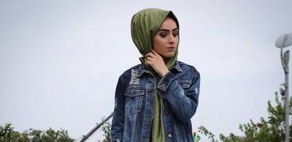 Hijabers Padukan Jaket Jeans Dengan Hijab Kamu Seperti Gaya