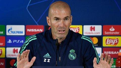 Zinedine Zidane Tabrak Pengendara Lain, Penyelesaiannya dengan Selfie