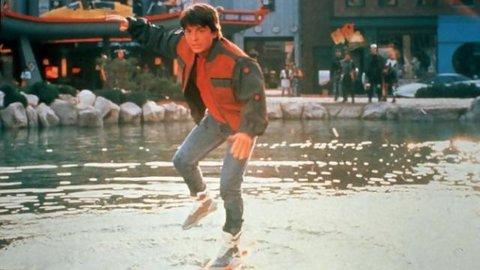 Ramalan di Film \'Back to the Future\' Tahun 1989, Betul Terjadi Hari Ini