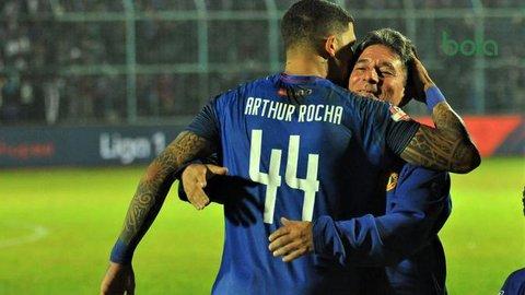 Arema Kehilangan Arthur Cunha saat Melawan Borneo FC