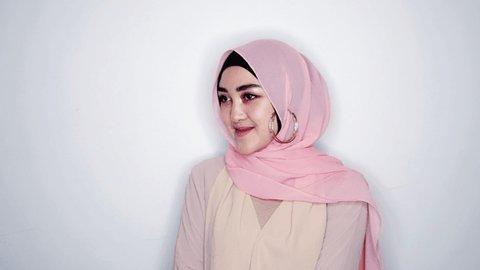 7 Tutorial Hijab Pashmina Simple Dan Mudah Kurio