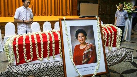 Mengenang 40 hari meninggalnya Ani, SBY bangkit dari kesedihan